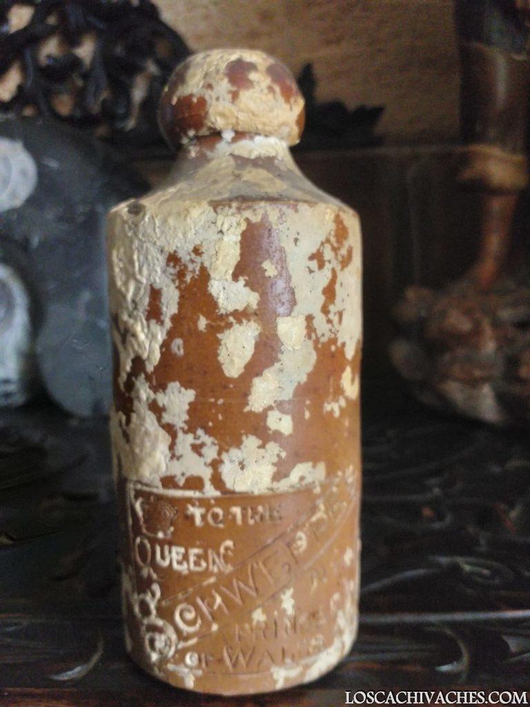 Botella antigua Schweppes 1890 rescatada bajo del mar 6