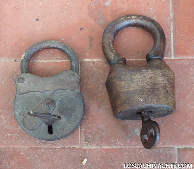 candados,antiguos,cachivaches,hierro forjado