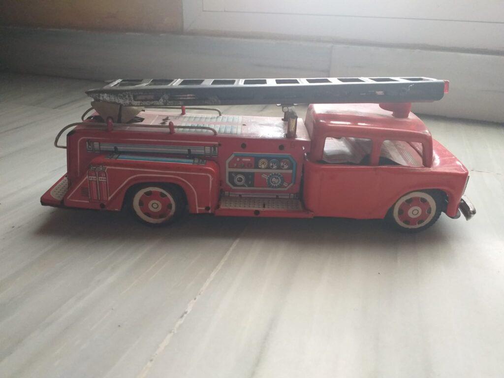 camiones bomberos, hojalata, juguetes antiguos, colección